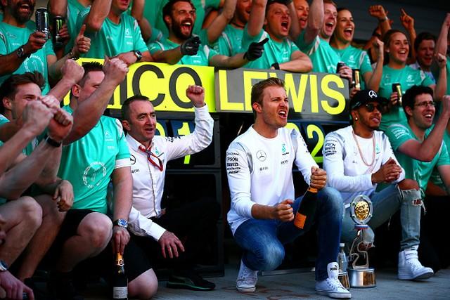 F1 GP de Russie 2016 : Victoire de Nico Rosberg 9778912016PaddyLoweNicoRosbergLewisHamilton