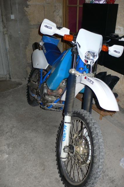 Le sujet des motards :) - Page 3 979501P1110575