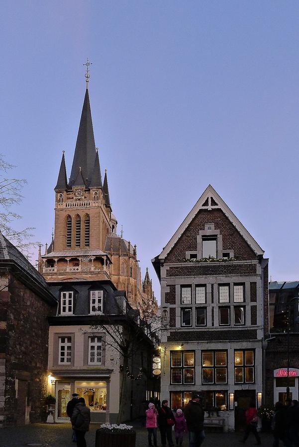 sortie au marché de Noël 2011 à Aix la Chapelle : les photos 984110L1020158