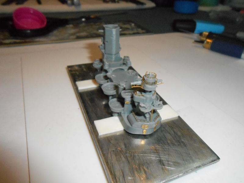 Yamato 1/700 fuji, PE,Pont en bois et babioles - Page 3 984500DSCN5395