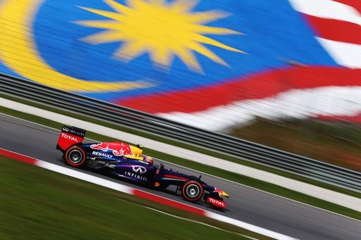 F1 GP de Malaisie 2013 : (essais libres-1-2-3-Qualification) 9865512013essaislibre1MarkWebber