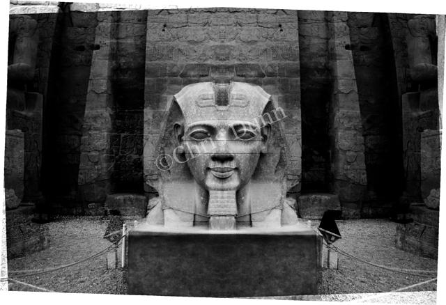 """""""La Révélation des Pyramides""""  - Page 9 987249DUNNLUXOR3copie"""