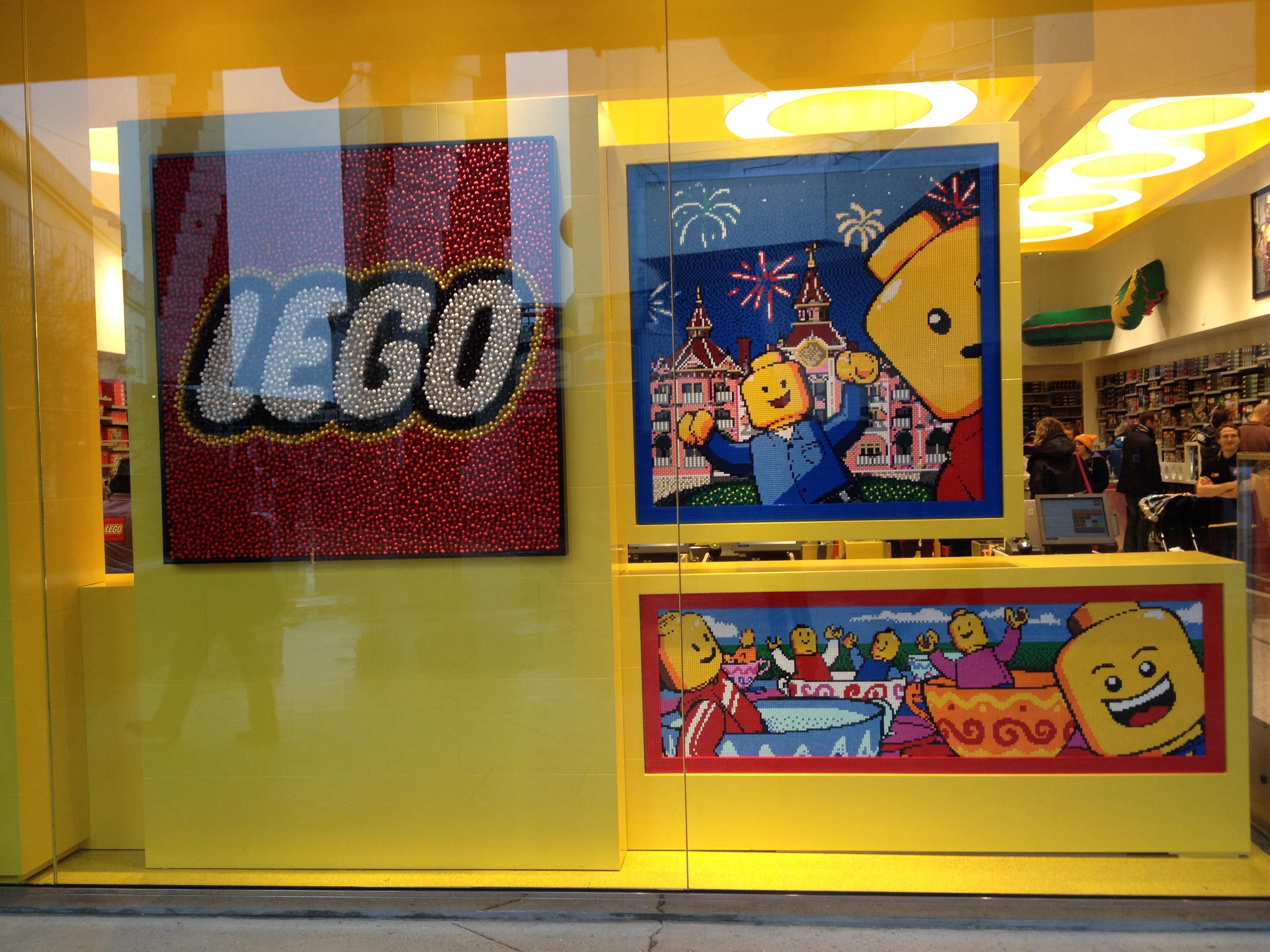 [Disney Village] Lego Store (Printemps 2014) 987270image