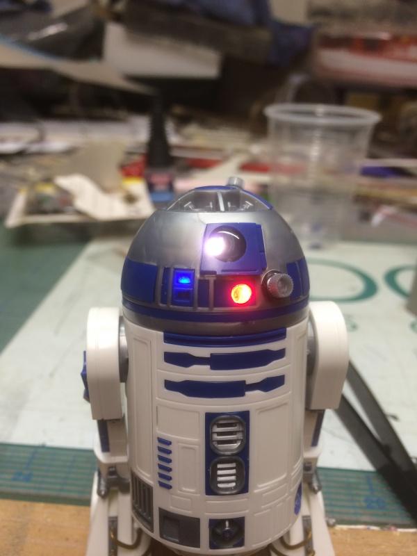 R2-D2 et C3-PO (et R5-D4) 987864IMG0241