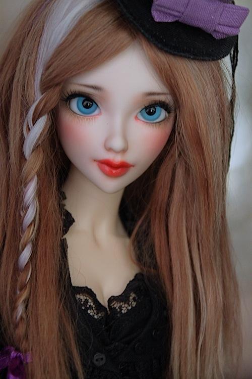 Elsa vous souhaite une Bonne Année (Enni Sensei's Dolls) p8 - Page 3 9900329934