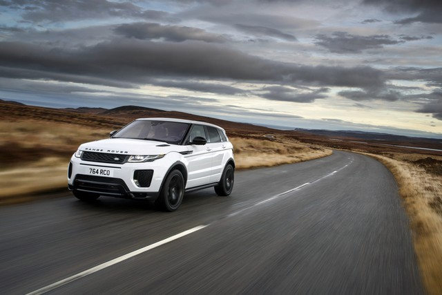 Les Land Rover Discovery Sport Et Range Rover Evoque Encore Plus Performants Grâce Aux Technologies Des Nouveaux Moteurs Ingenium 990286rrevq18my290psingeniumpetrol24051701
