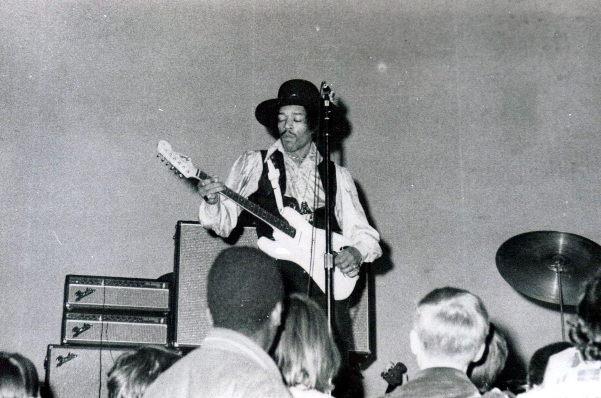 San Francisco (Winterland) : 3 février 1968 [Premier concert] 992256252o