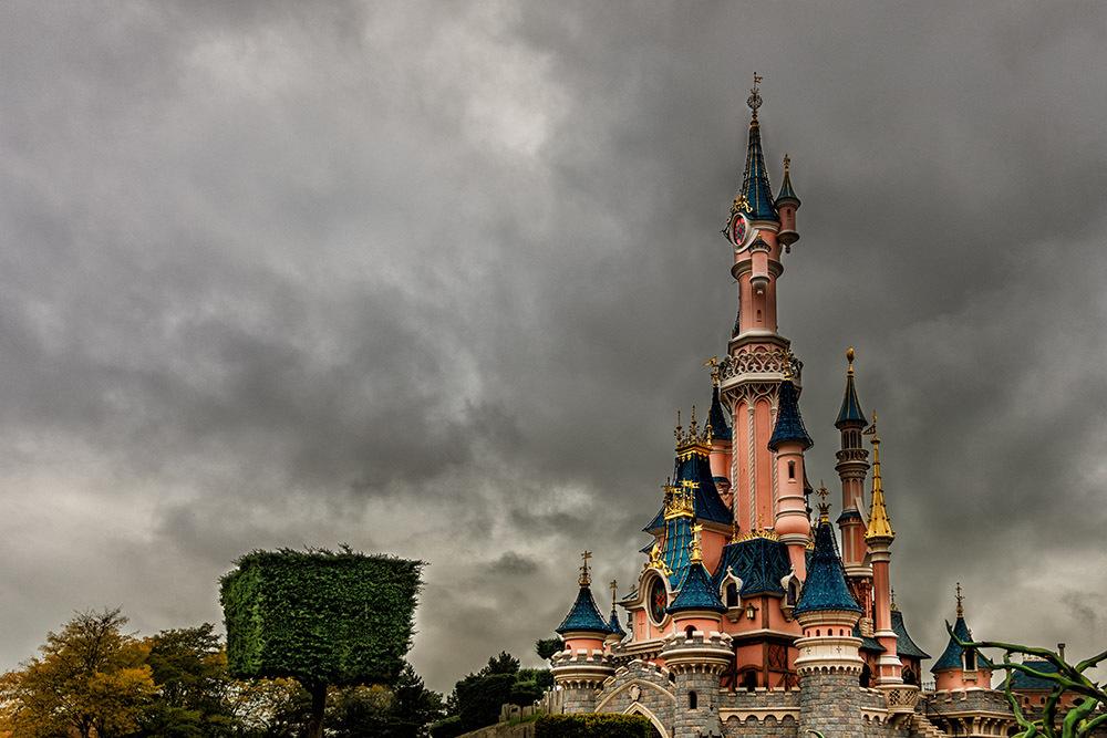 TR: Séjour en famille du 23 au 29 octobre 2016 - Disneyland Hôtel (Castle Club) - Page 3 993231chateaudlp5d4
