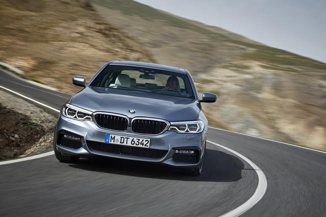 La nouvelle BMW Série 5 Berline. Plus légère, plus dynamique, plus sobre et entièrement interconnectée 994488P90237233highResthenewbmw5series