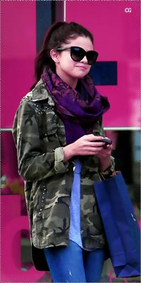 Selena Gomez 996002asdladklasd