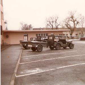 Les Batiments en 2004 Mini_136325lepostedegarde