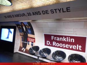 La publicité dans le métro (hors pelliculages de rames) Mini_150884DSCN0700