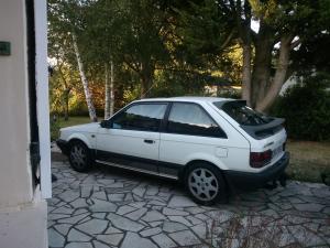 "Mazda 323 GTX ""super spéciale"" Mini_180470WP001002"