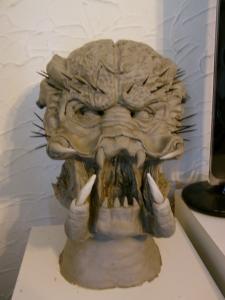 première sculpture predator en terre cuite Mini_236477DSC00247