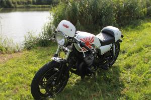 XJ 400 en Cafe Racer et/ou Brat Style Mini_249616IMG3677