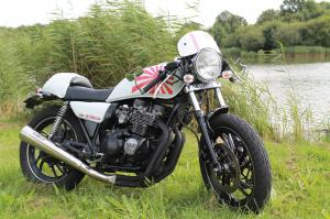 XJ 400 en Cafe Racer et/ou Brat Style Mini_258123Img3668
