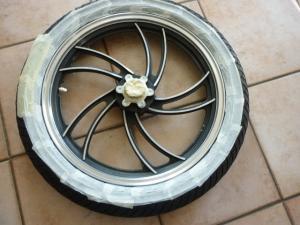 XJ 400 en Cafe Racer et/ou Brat Style Mini_260155P1050883