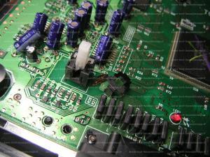 """Bouton power on/off sur Megadrive 2 ne tient pas sur """"On"""" Mini_301218SwitchOnOffMD2"""