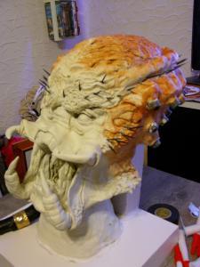 première sculpture predator en terre cuite Mini_416496DSC00255
