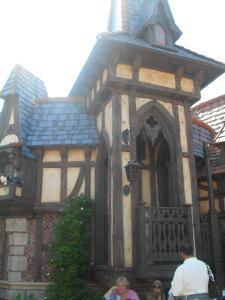 Disneyland Resort: Trip Report détaillé (juin 2013) - Page 2 Mini_454840EEEEEEEEEEEEEE