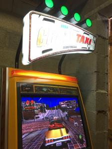 [VDS] Borne arcade Crazy Taxi High Roller etat collection Mini_518545IMG0459