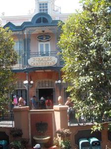 Disneyland Resort: Trip Report détaillé (juin 2013) - Page 2 Mini_522003BBBBBBBBBBBBBBBBBBBBBBBBBBBB