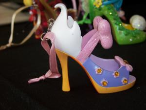 Chaussures miniatures disney (ornement) - Page 2 Mini_5395351001622