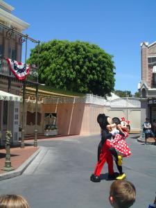 Disneyland Resort: Trip Report détaillé (juin 2013) - Page 2 Mini_605818KKKKK