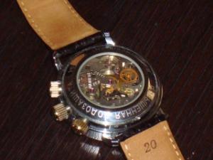 Le club des proprios de Chronographe russe :-) Mini_619619DSC03764