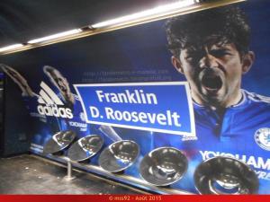 La publicité dans le métro (hors pelliculages de rames) Mini_706647DSCN0559