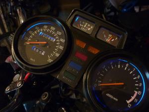 XJ 400 en Cafe Racer et/ou Brat Style Mini_744600P1050825