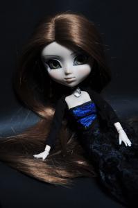 Helen, ma première Pullip (Neo Noir) Mini_814755DSC0770