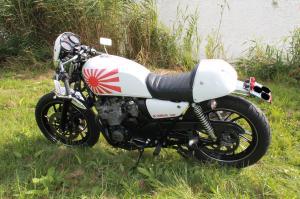 XJ 400 en Cafe Racer et/ou Brat Style Mini_845160IMG3682
