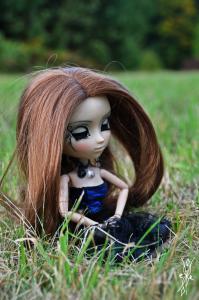 Helen, ma première Pullip (Neo Noir) Mini_904768DSC1098petit