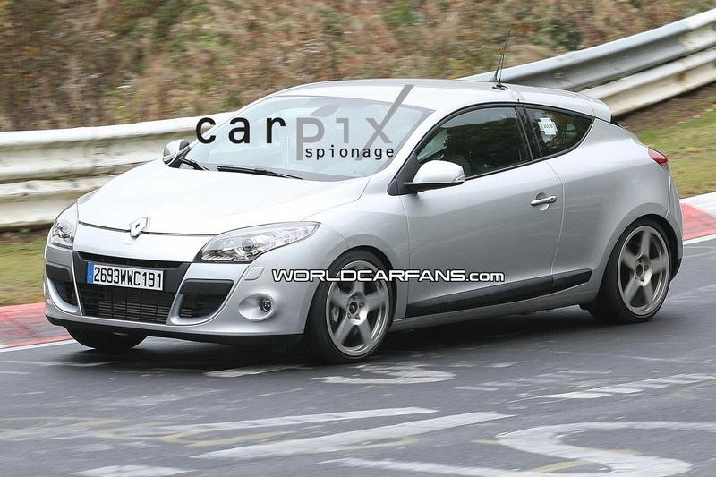 2009 - [Renault] Megane III RS - Page 3 2270739081008_002_Mini2L