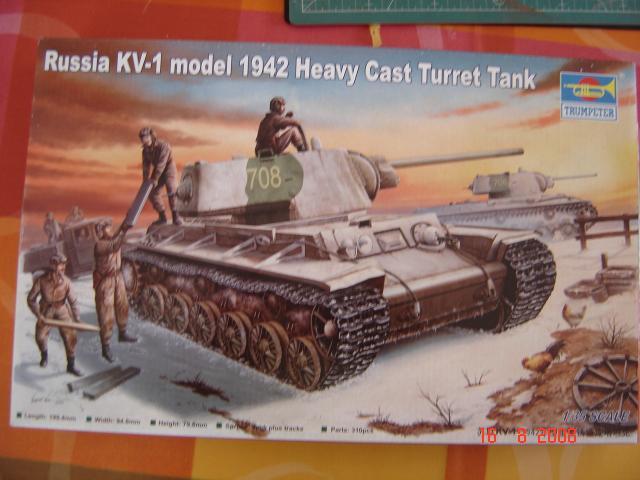 KVI modèle 41 [Trumpeter 1/35e] montage et photos. 73524aout_2008_038