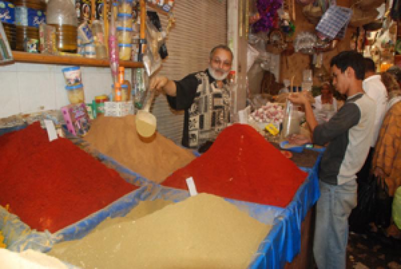المغاربة ينفقون 140 مليار سنتيم لاقتناء التوابل/المصطفى أزوكاح 767155epices