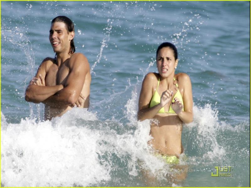 Photos et vidéos de Rafael Nadal - Page 2 846398rafaelnadalbikinibabe08ub4