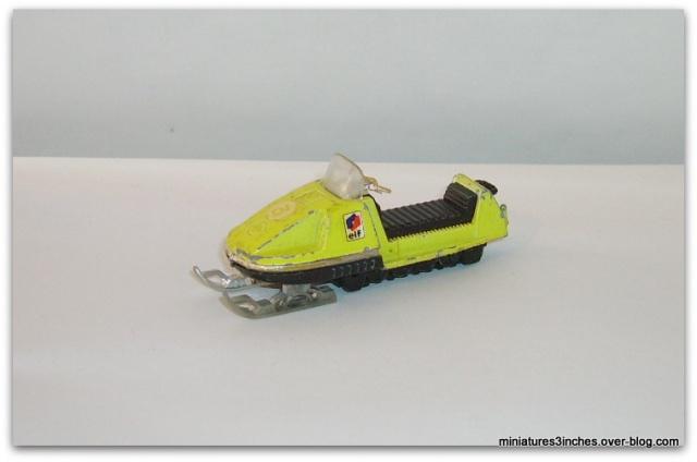 N°249 MOTO-NEIGE 111409motoneigeref249MIF
