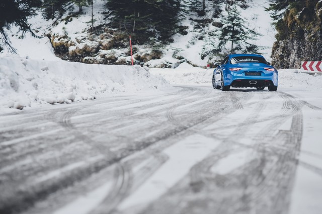 Alpine est de retour - A110, la voiture de sport française agile et compacte 1139528832116