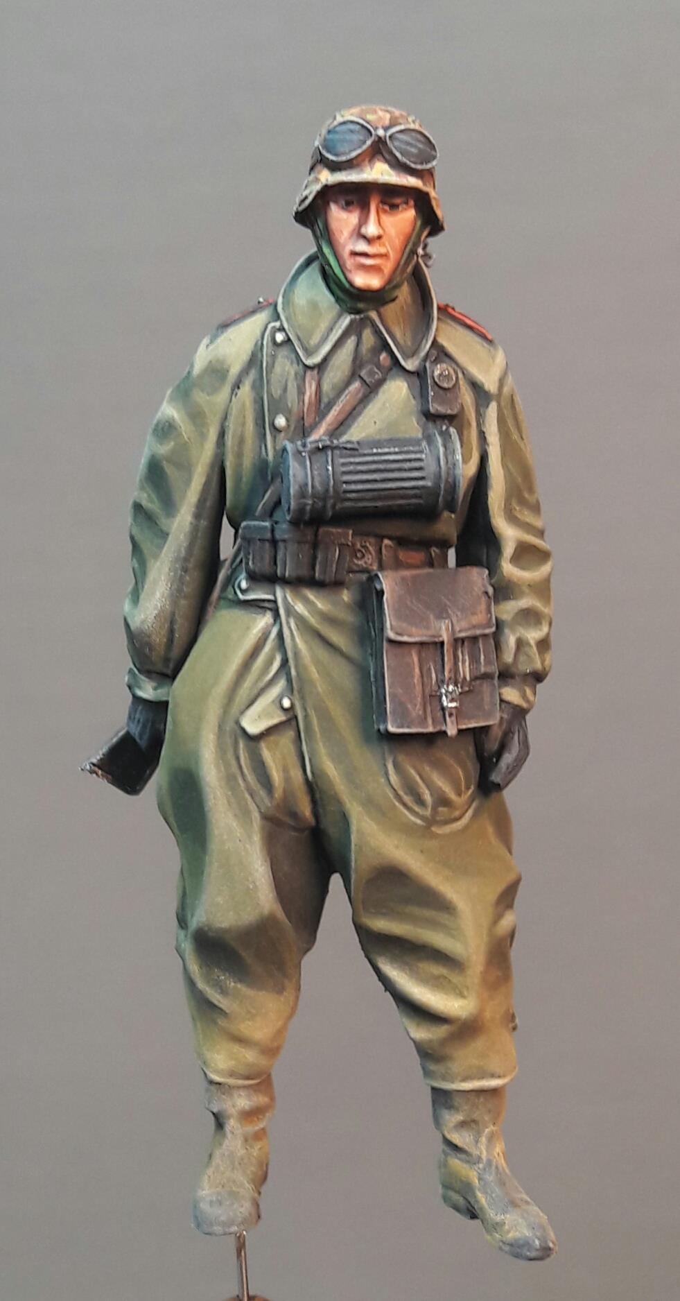 Zündapp KS750 - Sidecar - Great Wall Hobby + figurines Alpine - 1/35 - Page 3 1146781980733610211728378819504725513823o