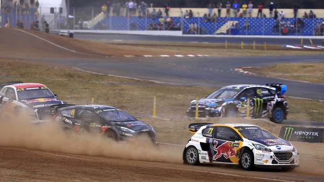 Le Team Peugeot Hansen vice-champion du monde de Rallycross* !!! 1160615a086eb327cd2zoom