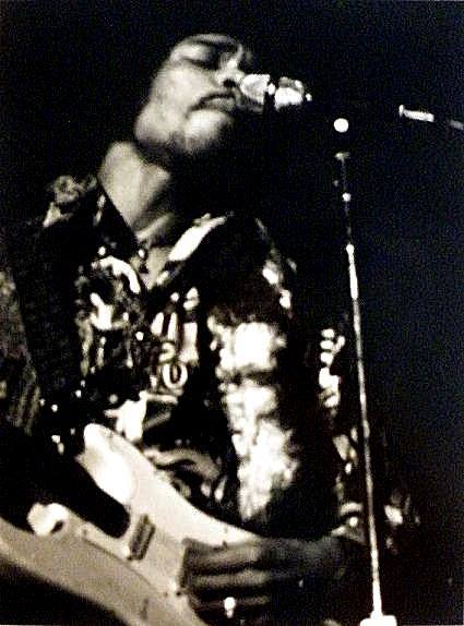San Francisco (The Fillmore Auditorium) : 1er février 1968 [Second concert] 118942196802012emeshown