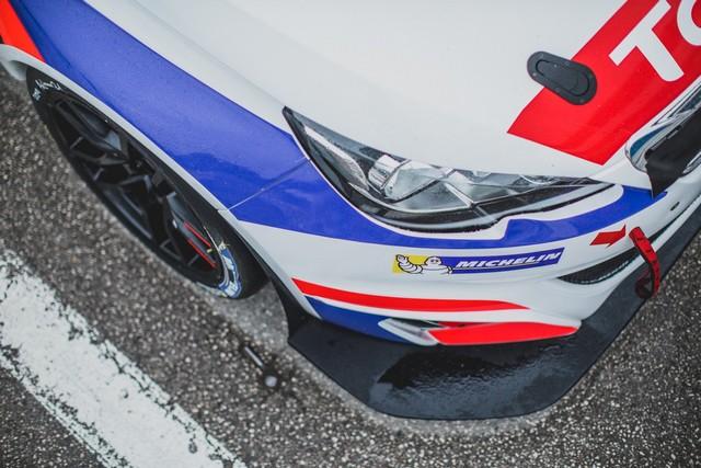 La Peugeot 308 Racing Cup Se Joue Des Conditions ! 1277205957d2914ba0c