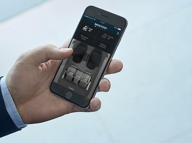 Le Nouveau Range Rover intègre dans sa gamme une motorisation essence hybride rechargeable 129509rr18mydetail10101719