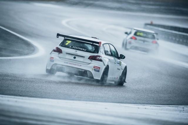 La Peugeot 308 Racing Cup Se Joue Des Conditions ! 13082759575a75eabff