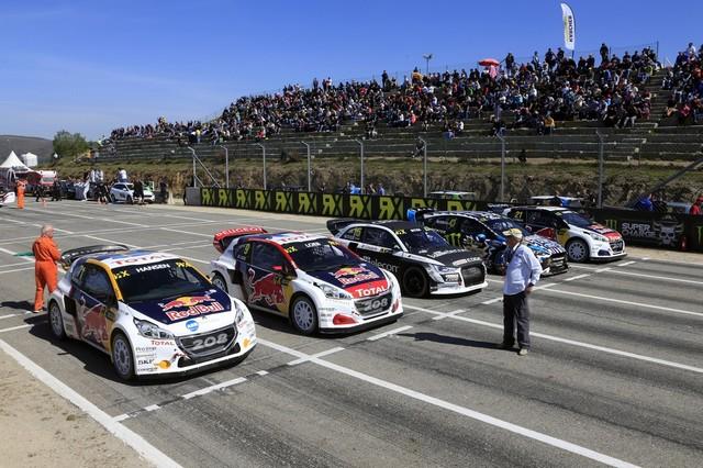 Sébastien Loeb et la PEUGEOT 208 WRX décrochent une belle deuxième place à Montalegre 13240558fc8a3998545