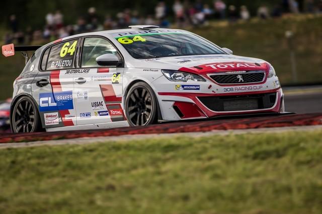Carton Plein Pour La Peugeot 308 Racing Cup À Nogaro 13527604117001625