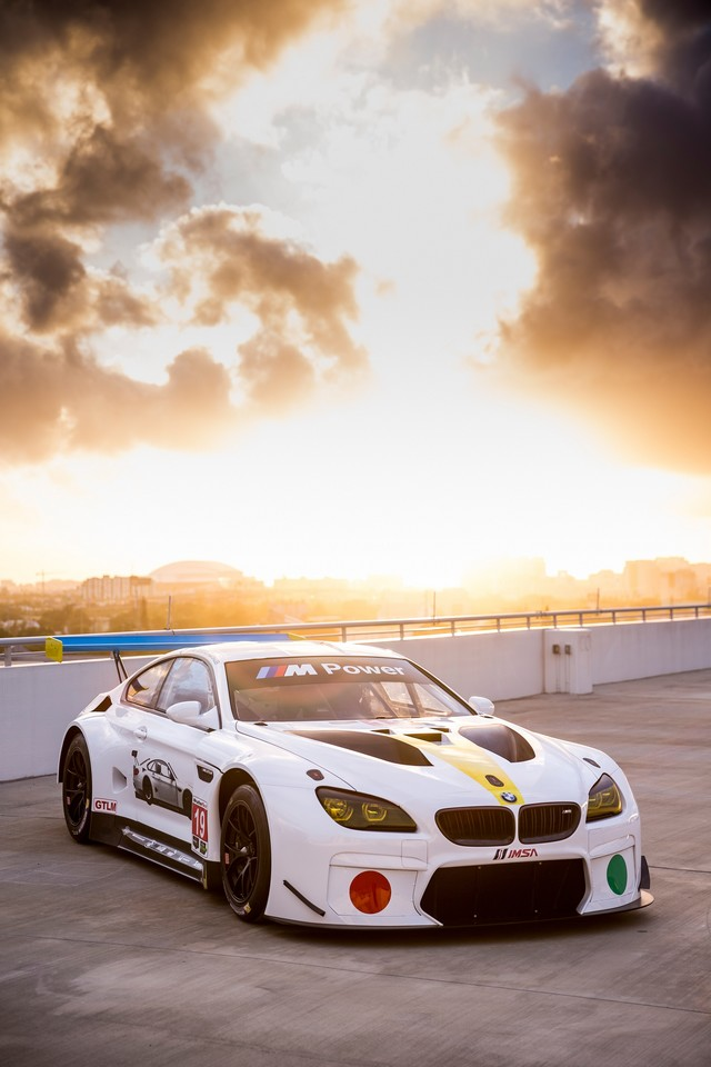La BMW Art Car créée par John Baldessari dévoilée à Art Basel Miami Beach 2016 139364P90243790highResthe19thbmwartcar