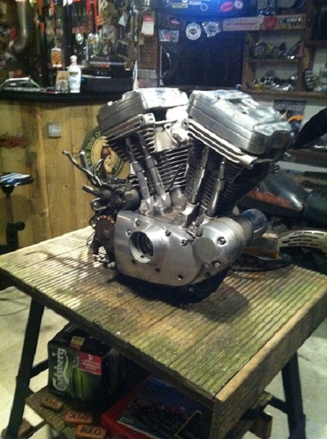 PROJET RIGIDE SUR BASE SPORTSTER BOITE 4 - Page 2 139958IMG2933